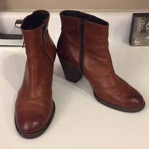 Paul Green brown side zip ankle boots, Size 7